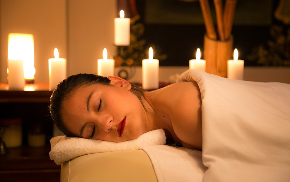 relaxation-treatments with Eileen Connelly